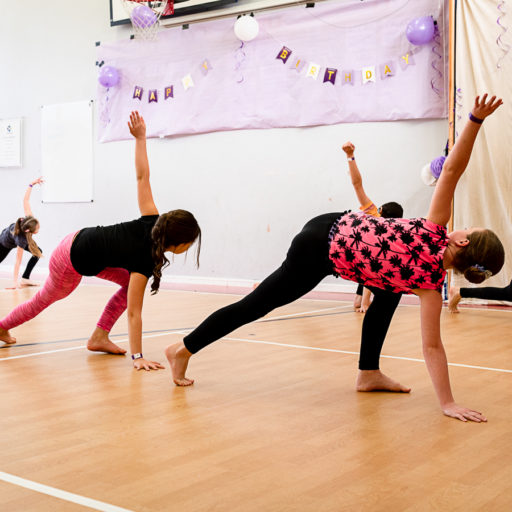 Young contemporary dancers