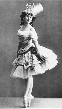 Evolution of the Tutu - a Tutu in the 19th century